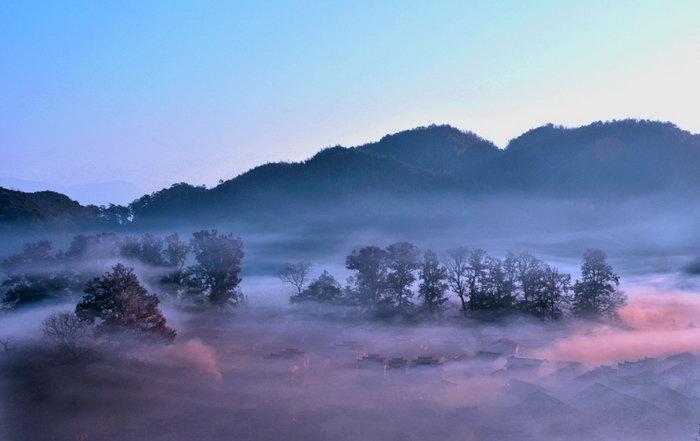 山林迷雾图片,山林迷雾,自然风景,摄影,山水景观设计,1000x630像素