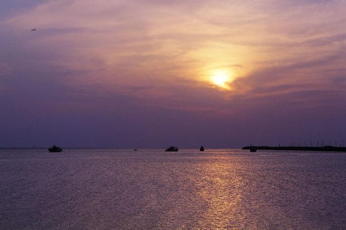 海上日出简笔画 海上日出水粉画