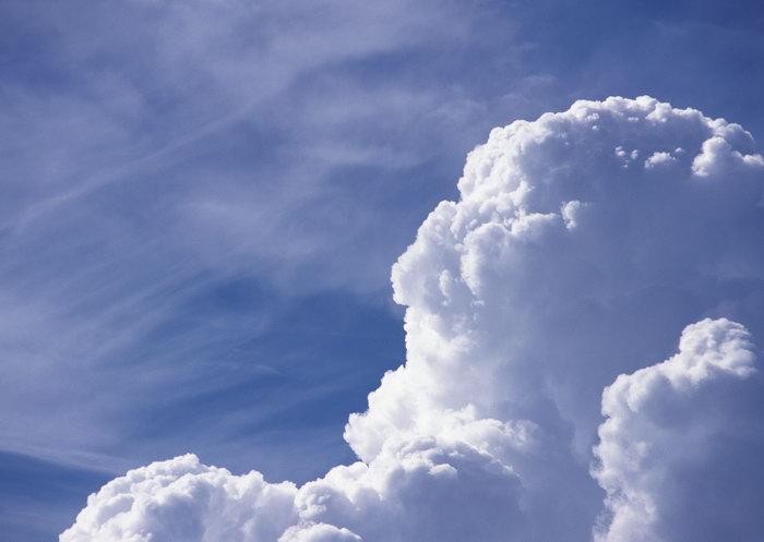 蓝天白云天空美景图片-素彩图片大全