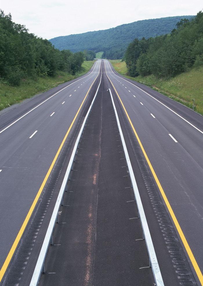 壁纸 道路 高速 高速公路 公路 桌面 700_986 竖版 竖屏 手机