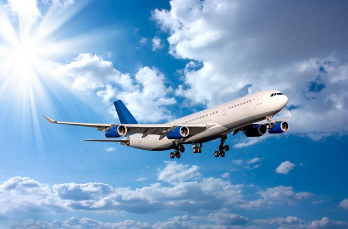 飞机图片,飞机,蓝天白云