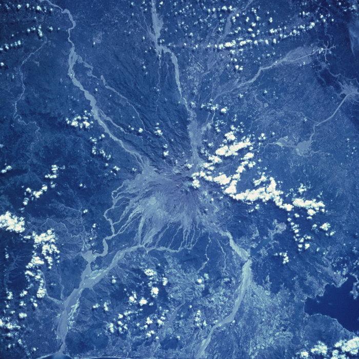 航拍地球图片,航拍地球,太空风景,宇宙星空,天文,现代科技,2094x2950