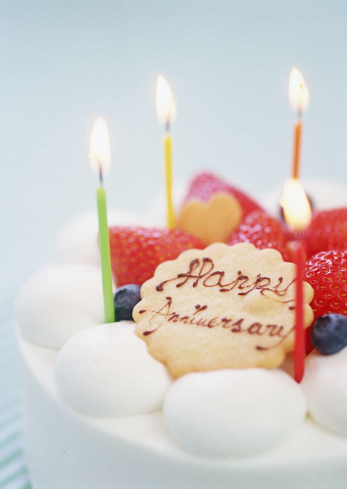草莓蛋糕美食图片-素彩图片大全