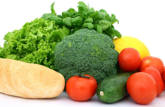 搜索: 新鲜蔬菜图片 新鲜蔬菜 芹菜 黄瓜 西兰花 面包 蕃茄 蔬菜 摄影 食品 3464x2248像素
