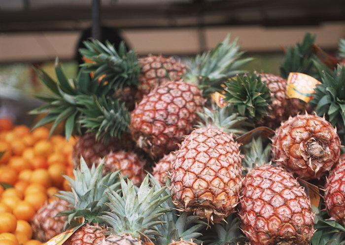 菠萝水果图片-素彩图片大全