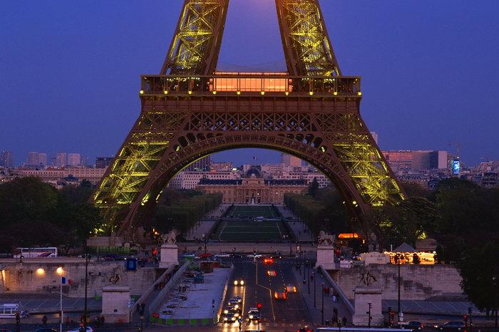 巴黎巴黎埃菲尔铁塔图片-素彩图片大全