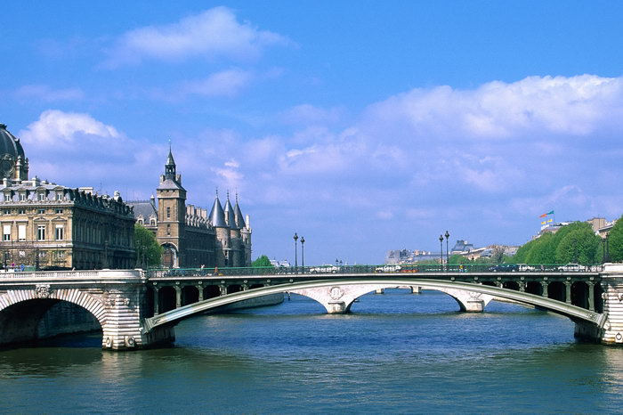 巴黎塞纳河上的桥图片,巴黎塞纳河上的桥,巴黎旅游,巴黎风景,巴黎名胜