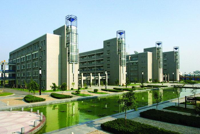 大学校园建筑效果图建筑设计图片