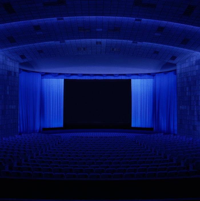 蓝色电影院建筑设计图片