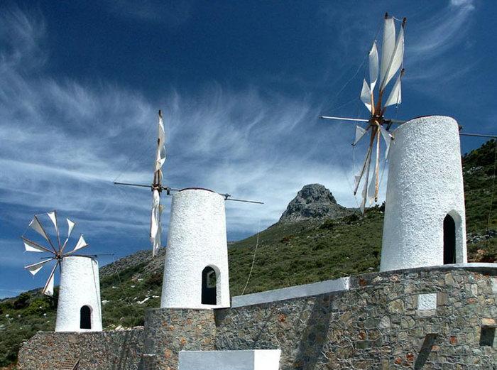 荷兰风车建筑图片-素彩图片大全