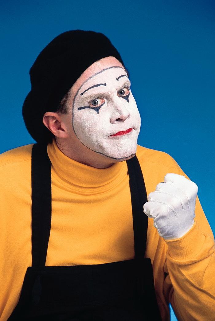 外国小丑可爱表情图片