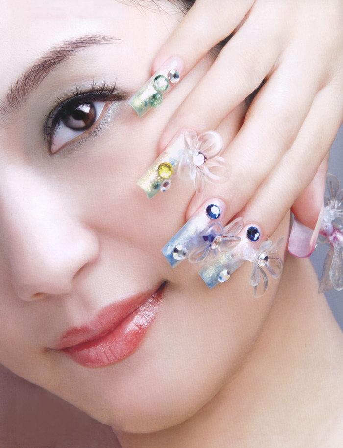 美女美甲图片,美女美甲,美甲,手势,手部,摄影,人物写真,3256x4254像素图片