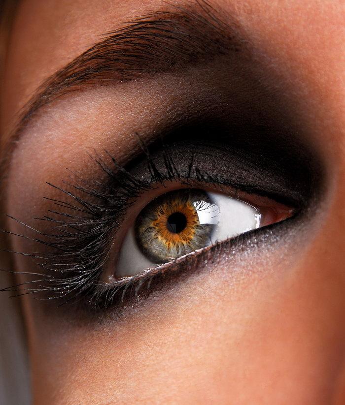 女性眼睛特写图片-素彩图片大全