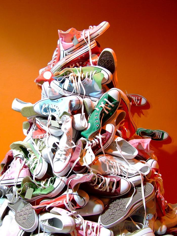 一堆鞋子-素彩图片大全