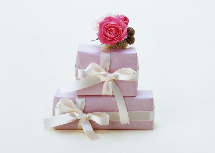 礼物包装盒图片