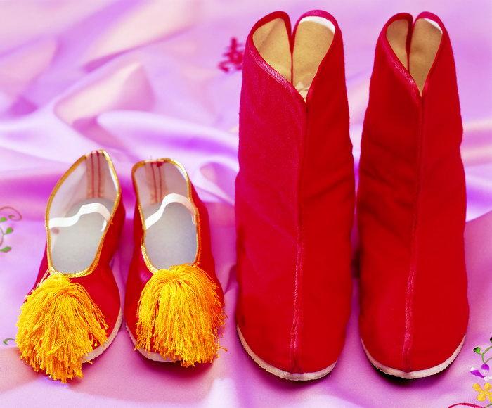 古代结婚鞋子图片