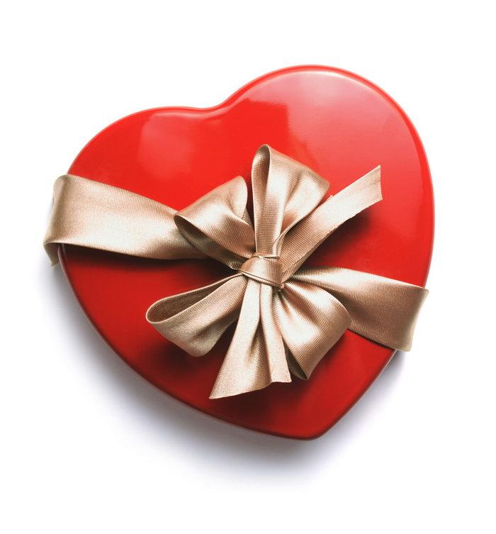 心形礼物盒图片