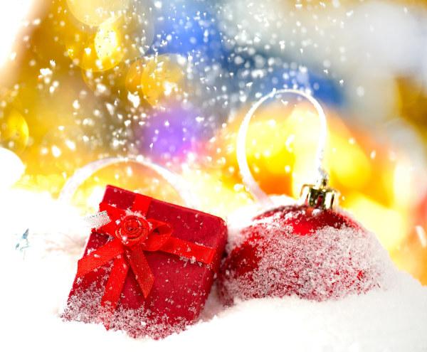 圣诞节礼物挂球图片-素彩图片大全图片