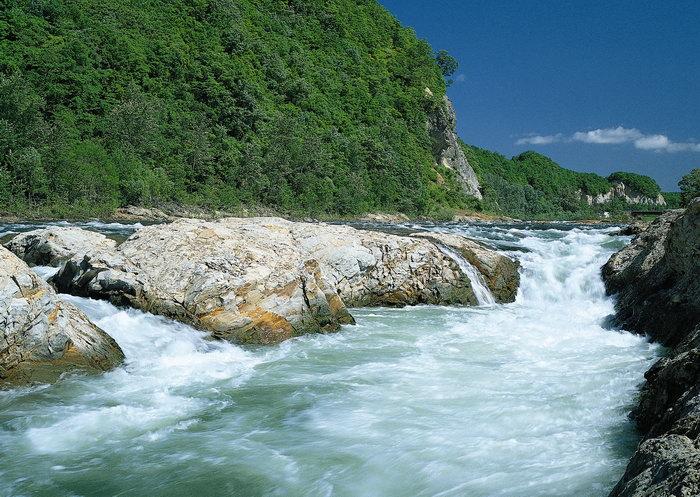 河流急流图片,河流急流,自然美景,风景,2950x2094像素