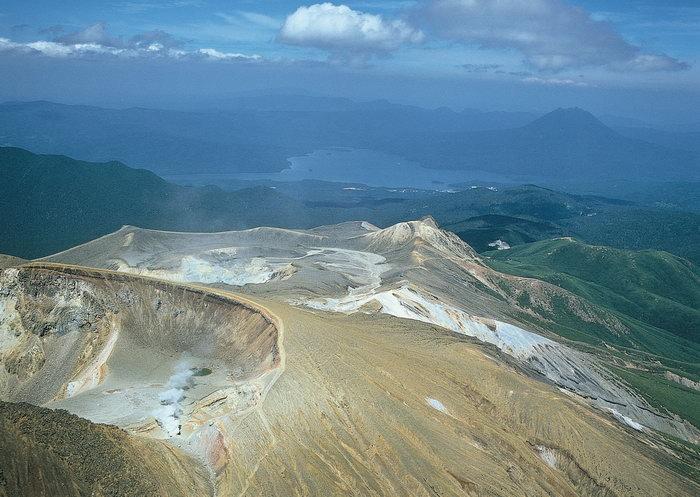 航拍山脉图片,航拍山脉,自然美景,风景,3916x2661像素
