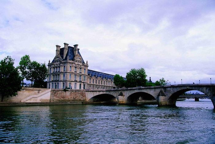 法国塞纳河风景图片