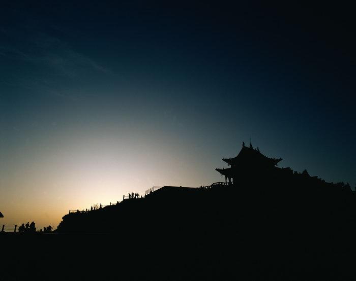 高山凉亭图片,高山凉亭,名景旅游风光,山景,风景,3366x4252像素