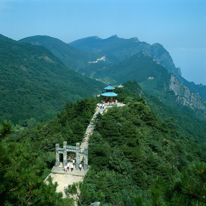 山顶凉亭图片,山顶凉亭,名山旅游风光,山景,风景,3366x4252像素