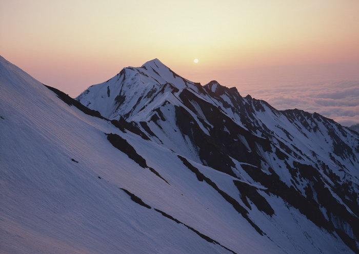 雪山日落图片,雪山日落,自然风景,山水景观,2950x2094像素