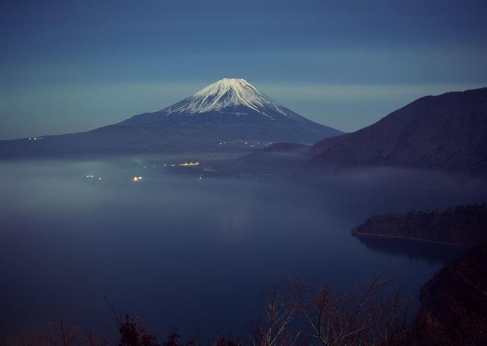 富士山夜景图片,富士山夜景,雪山风景,山水,摄影,风景,2950x2094像素
