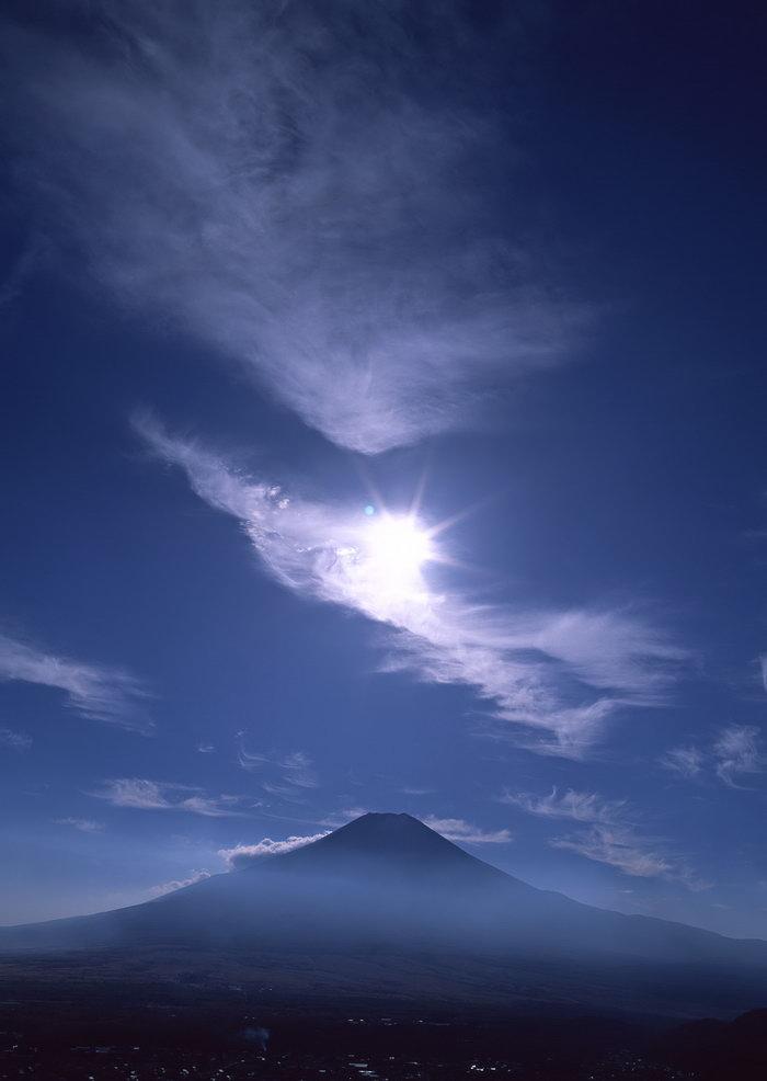 富士山蓝天图片,富士山蓝天,雪山风景,山水,摄影,风景,2950x2094像素