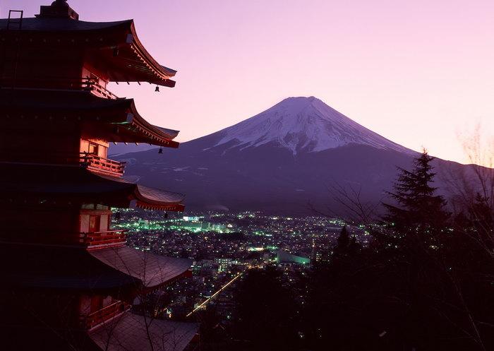 富士山亭楼夜景图片,富士山,亭楼,夜景,风景,雪山风景,山水,摄影,风景