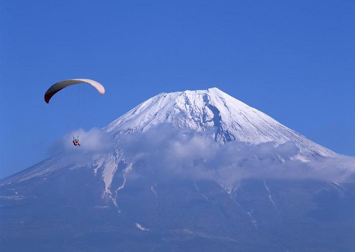 富士山跳伞图片,富士山跳伞,雪山风景,山水,摄影,风景,2950x2094像素