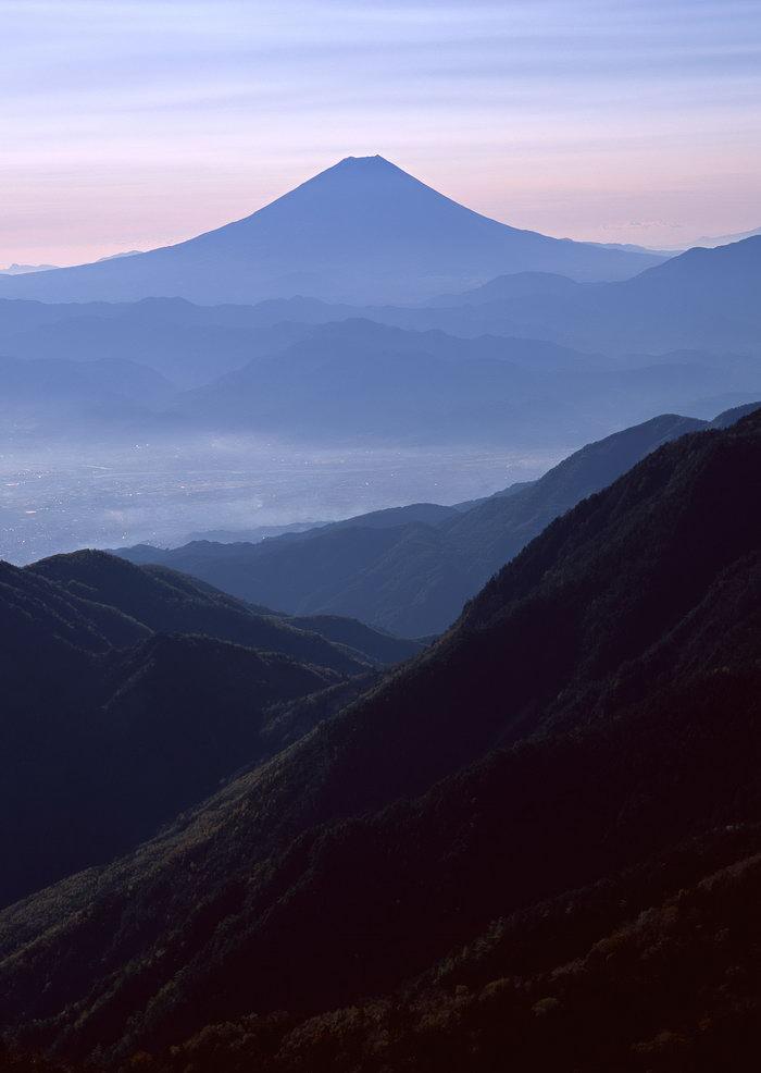 连绵山峰图片,连绵山峰,雪山风景,山水,摄影,风景,2950x2094像素