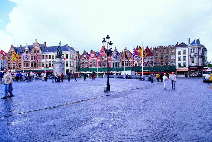 荷兰广场风景图片-素彩图片大全