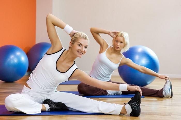 瑜伽女人图片-素彩图片大全