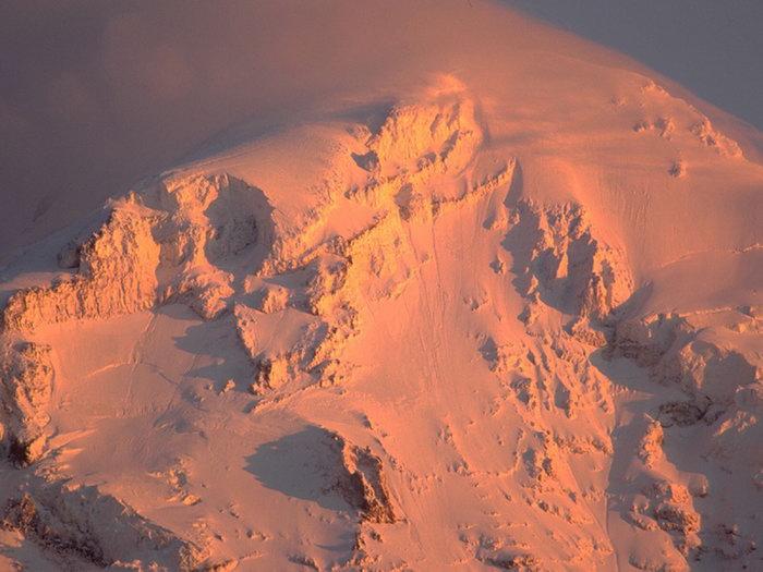 夕阳雪山图片,夕阳雪山,旅游风景,雪景,四季风景,风景,1500x1200像素