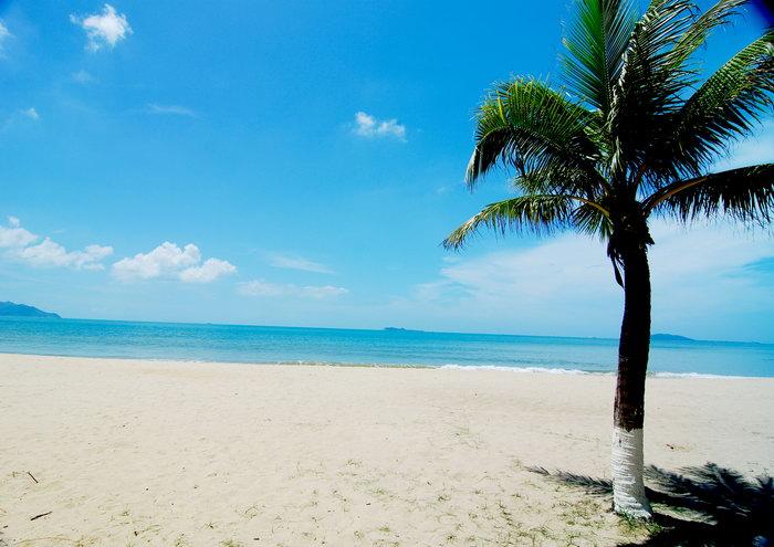 白色沙滩大海风景风光图片