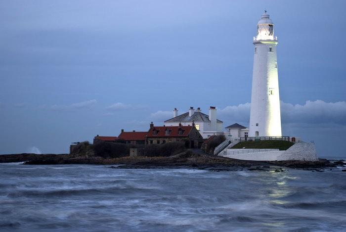 海边导航灯塔大海风景风光图片