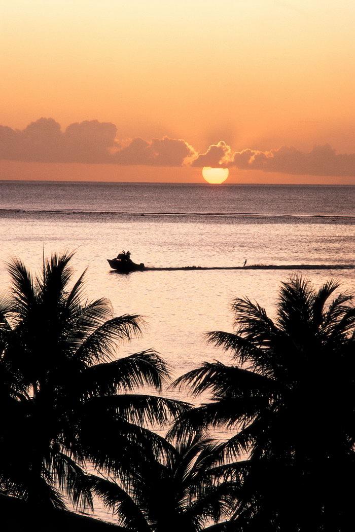 夏威夷日落海滩大海风景风光图片