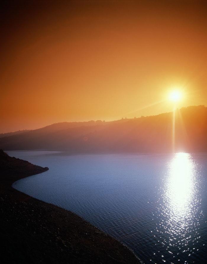 日落山河大海风景风光图片