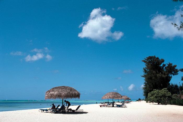 白色海滩大海风景风光图片,白色海滩景夏威夷风光,蓝天白云,自然风景
