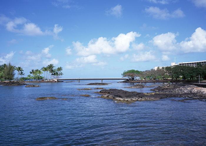 海岸礁石大海风景风光图片-素彩图片大全