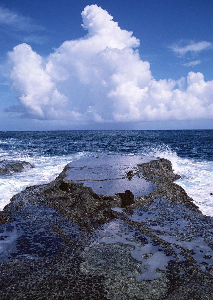 大海礁石大海风景风光图片-素彩图片大全